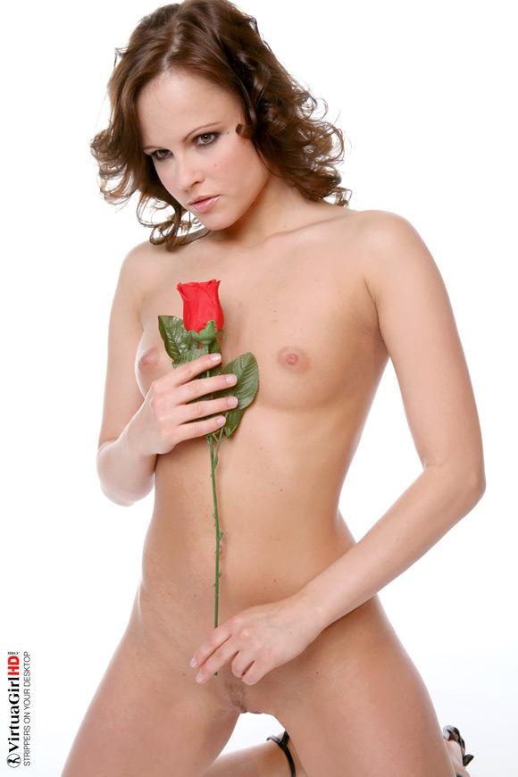 monica-sweet-in-love-romance