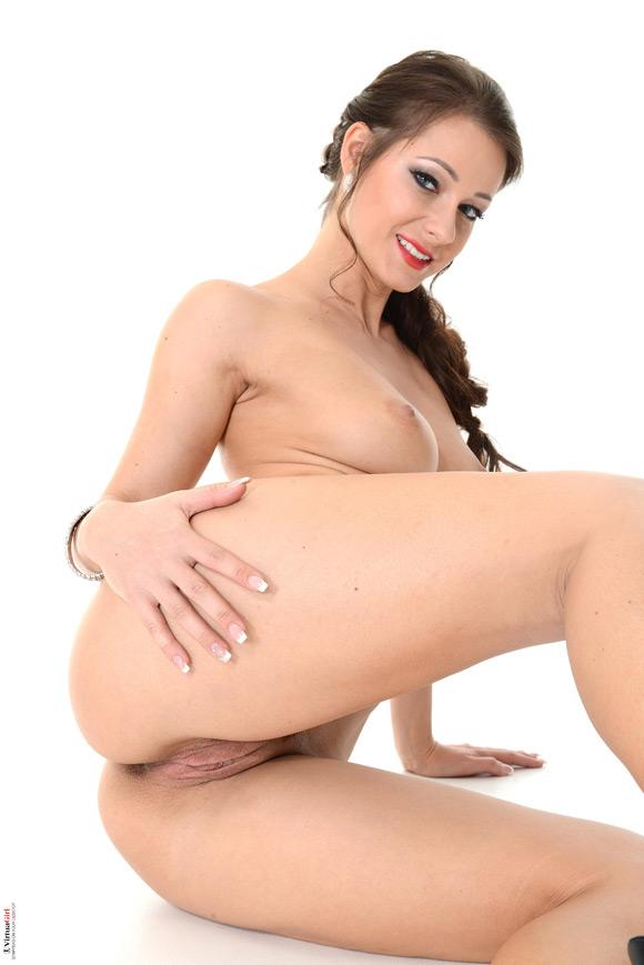 melisa-in-promiscuous-naked-virtuagirl
